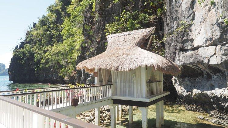 The massage cottage