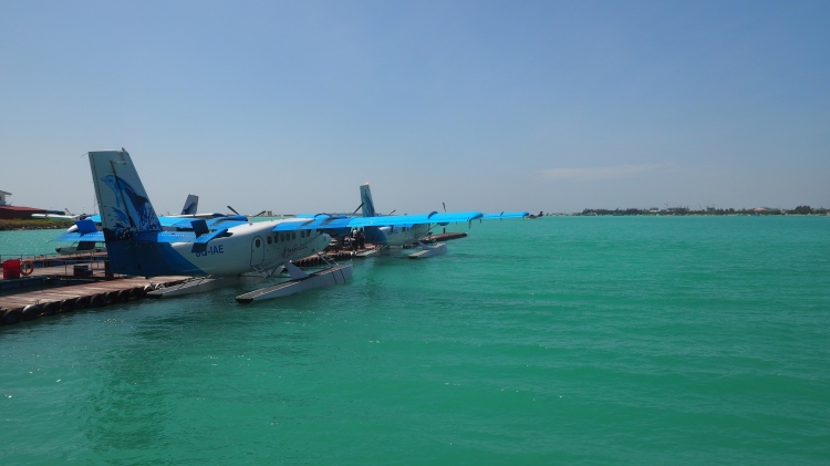 seaplane-male-maldives-hulhumale
