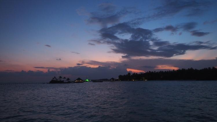 maalifushi-como-maldives-sunrise