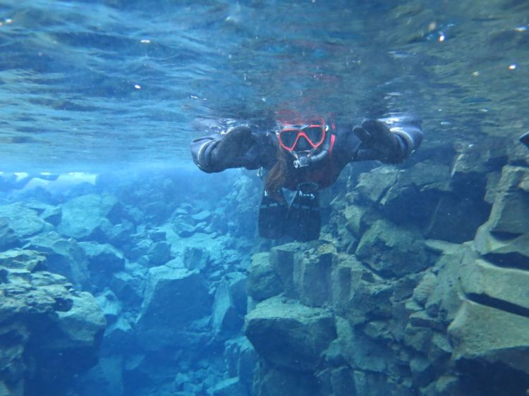 silfra-snorkel-iceland-thingvellir