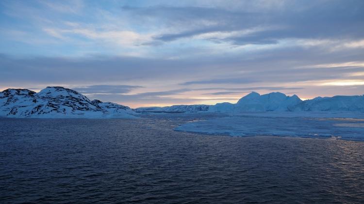 greenland-ilulissat-icefjord-iceberg-icefjorden-disko-bay