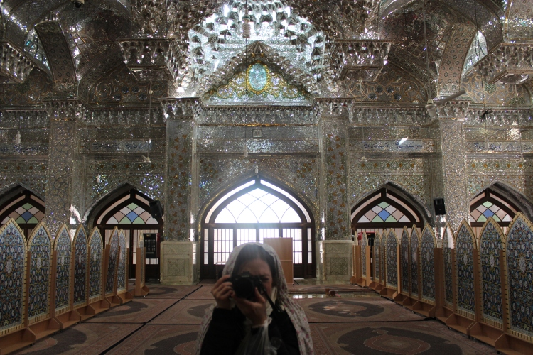 seyyed-alaeddin-shrine-shiraz-iran-travel-blog-solo-backpacking