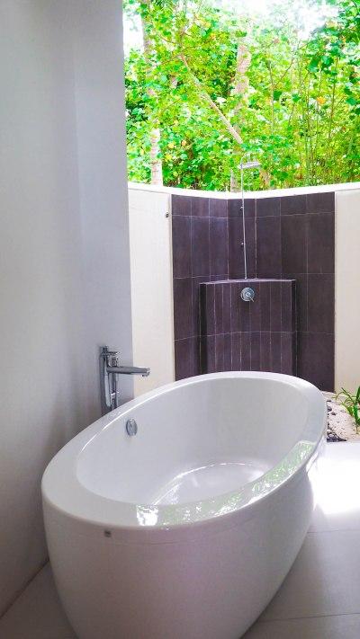kandolhu-maldives-travel-blog-resort-solo-luxury