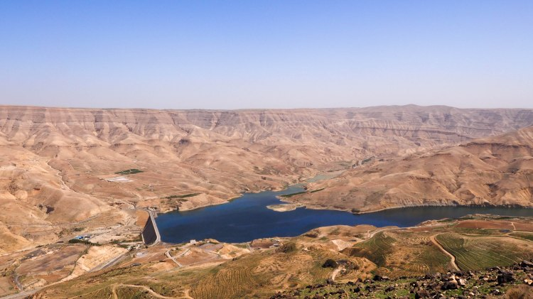 kings-highway-travel-blog-jordan-backpacking-solo-mujib-dam