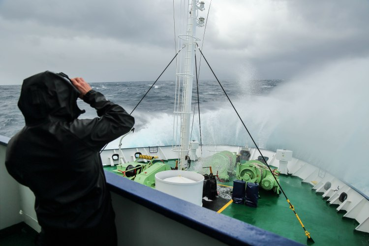 drake-passage-antarctica-travel-blog-solo-oceanwide-expeditions